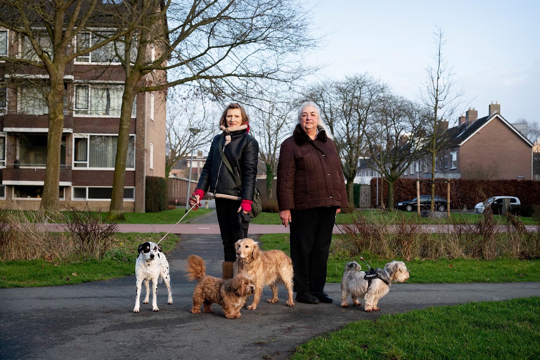 Vrouwen met hond